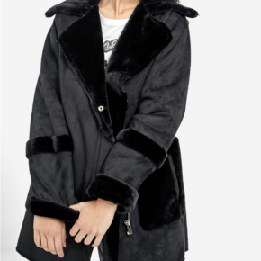 Manteau double face poche imitation fourrure stradivarius
